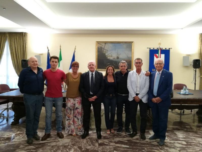 Il Presidente della Regione Campania, dott. Vincenzo De Luca  incontra gli allievi dell'ITI August [..]